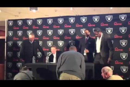 Oakland Raiders, Coliseum JPA Officials Take Seats At Press Conference – Video