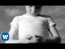 R.E.M. – Orange Crush (Video)